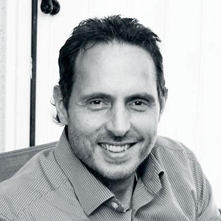 DEAN DI MAULO Directeur National, Ventes et Commercialisation chez RONA